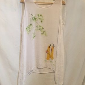 Tops - Gorgeous soft light long flowy Asian tank top